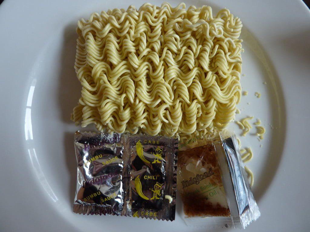 Makan indomie tanpa kompor? (Sumber:)